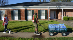 Red Cross volunteers from around the country are supporting flood relief efforts in Northeast Louisiana by delivering water, snacks and other supplies to neighborhoods that were affected.