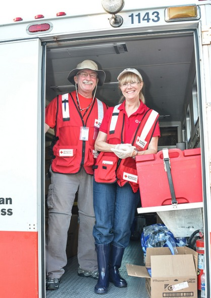 Red Cross volunteers Bob & Denise Van Ness drove an emergency response vehicle from Philadelphia to South Carolina. Photo by Virginia Becker